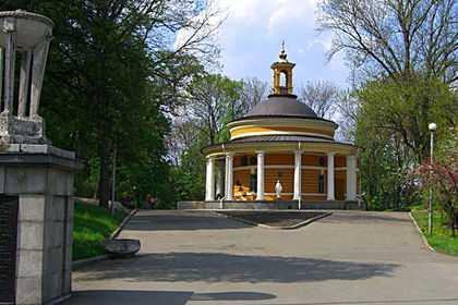 Аскольдова могила в Киеве сейчас